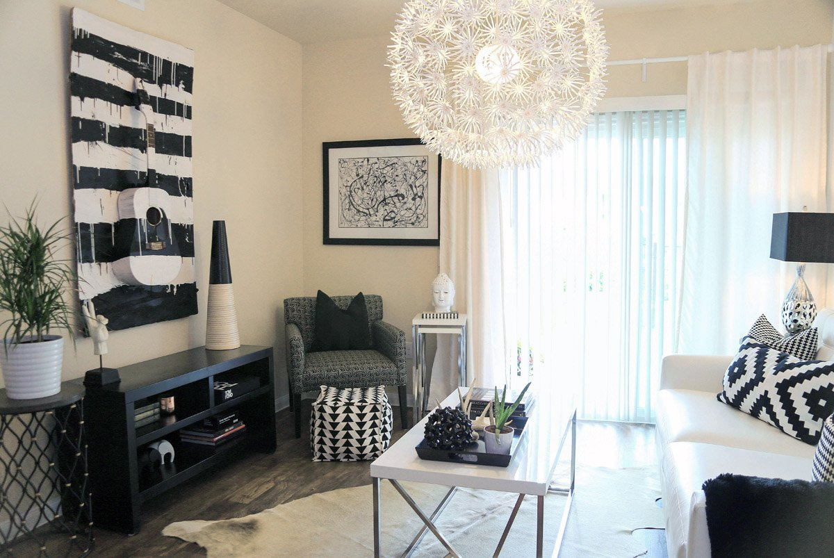 Living Room Setup With Al Furniture From Brook At Lakewood Apartments